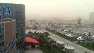 preview picture of video 'Актау, пыльная буря. 2014. 06. 23'