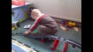 preview picture of video 'Lego-Bahn in Action'