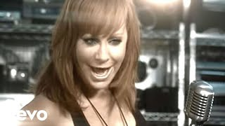 Reba McEntire - Turn On The Radio