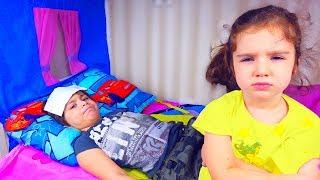 Аминка УБИРАЕТСЯ Камиль ЗАБОЛЕЛ! НЕ ХОЧЕТ Помогать! Для детей kids children