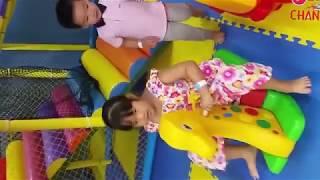 Chơi nhà bóng, chơi nhà banh - Trò chơi trẻ em ( Phần 1)