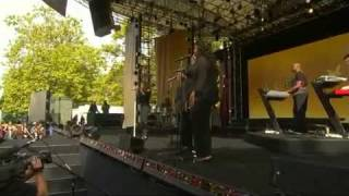 Mariah Carey   I Want To Know What Love Is LIVE On Oprah 18092009