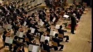R Strauss Horn Concerto No 1 - 1 Barry Tuckwell 1987