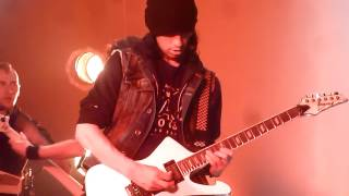 DragonForce - Cry Thunder (Live In Montreal)