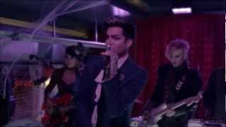 Pretty Little Liars 3x13 - Adam Lambert Performs Cuckoo.