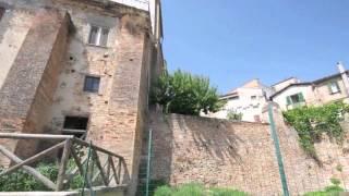 preview picture of video 'PENNE (PE)Parte I--Fuori le Mura e le Porte Medievali'