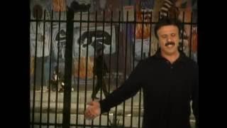 Beh Man Cheh Music Video Bijan Mortazavi