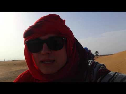 Sahara na Velbloudech
