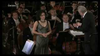Sergei Prokofiev : Alexander Nevsky, Op.78 (Yuri Temirkanov  St Petersburg Philharmonic Orchestra)