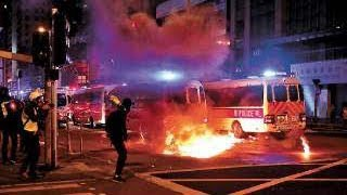 Police and protesters clash on Christmas Eve in Hong Kong