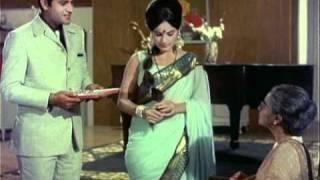 Joy Mukherjee & Zeb Rahaman  Hindi Movie Scenes  <b>Aag Aur Daag</b>  Shaddi Kar Ke Phas Gaya