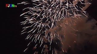 preview picture of video 'Castillo Fuegos Artificiales Pirotecnia Marti - Magdalena 2014 - Castellon (26-03-2014)'