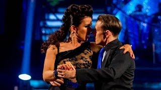 Gambar cover Susanna Reid & Kevin dance the Argentine Tango to 'Smooth Criminal' - Strictly Come Dancing - BBC