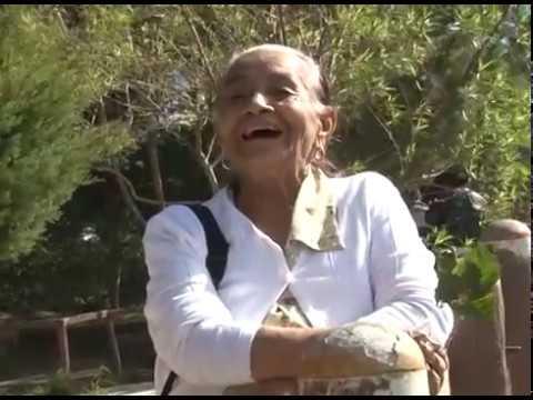 Salvadoreños disfrutan del clima fresco en volcán de San Salvador