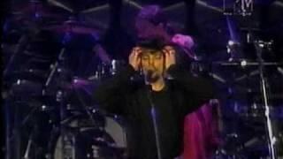 """Titãs - """"Cabeça Dinossauro"""" Ao Vivo no Olympia 1993"""