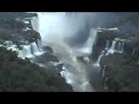 Las Cataratas de Iguazú desde un helicóptero