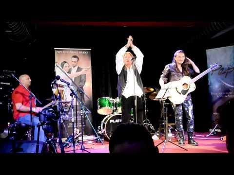 Zybbi Krebs : Gitarrist / Christoph Ptak Wróbel : Sänger / Stefan Karol Adler : Schlagzeuger