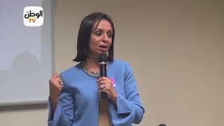 رئيس «القومي للمرأة» تزور مستشفى بهية وتهدي المتعافيات شنط سيناوية