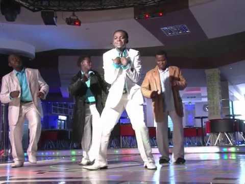 Bwana wa mabwana Uinuliwe Praise and Worship led by Aimée