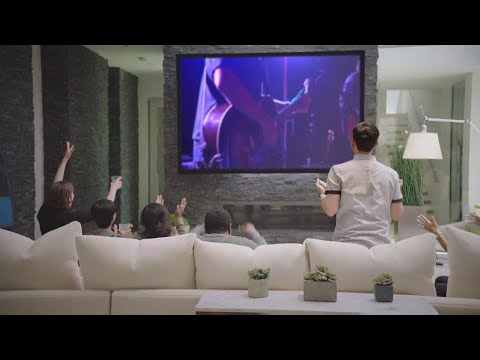 Home Cinema 5040UB 3LCD Projector with 4K Enhancement and