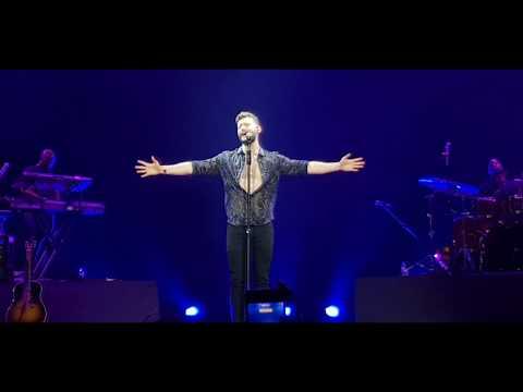 You are the Reason - Calum Scott live in Manila 2018 (видео)