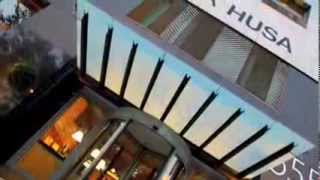 preview picture of video 'Husa Illa Gay Friendly Hotel, Les Corts, Barcelona - Gay2Stay.eu'