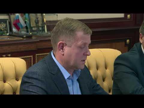 , title : 'Глава Республики Крым провёл рабочую встречу с директором парка «Тайган»'