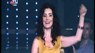 Sevcan Orhan - Omuzumda Sevda Yükü { Dillere Destan } 06.04.2012