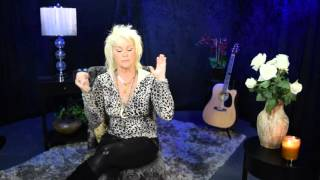 An intimate visit with Lorrie Morgan and her upcoming music project !