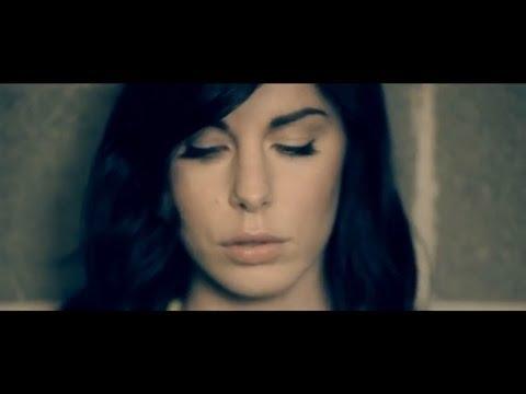 Bianca Atzei e Alex Britti - Non è vero mai - VideoClip Ufficiale