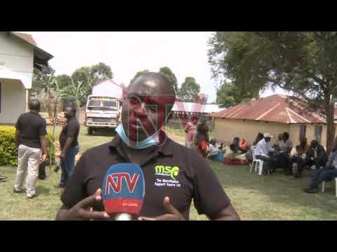 Rukungiri farmer groups urged to take up piggery