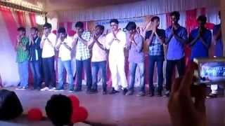 Kulukki Thakka Dance By College Boys