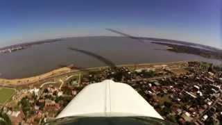 preview picture of video 'Sobrevolando Encarnación, Itapúa, Paraguay'