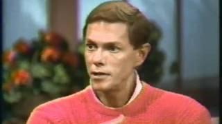 Richard Carpenter - Hour Magazine interview (1987)