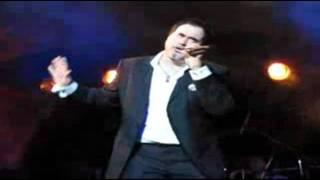 Меладзе уронил микрофон