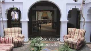 preview picture of video 'Riad Dar Baibou, sous les alcôves bleutées'