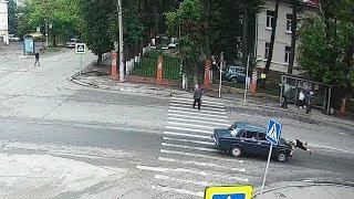 ДТП в Серпухове. Подождал и сбил пенсионерку... (видео со звуком). 23 июля 2018г.