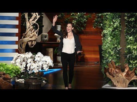 Jennifer Garner Doesn't Understand Her Oscars Meme Face Either