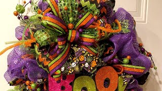 How To Make A Poof Deco Mesh Halloween Wreath