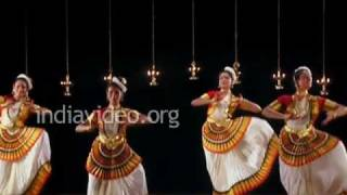Mohiniyattam by the ever graceful Sunanda Nair