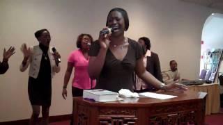 """Timika Scott Singing """"Majesty, How I Worship"""", Sebring FL"""