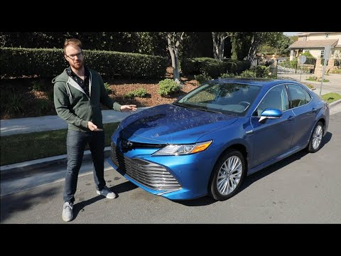 2020 Toyota Camry Hybrid Test Drive Video Review