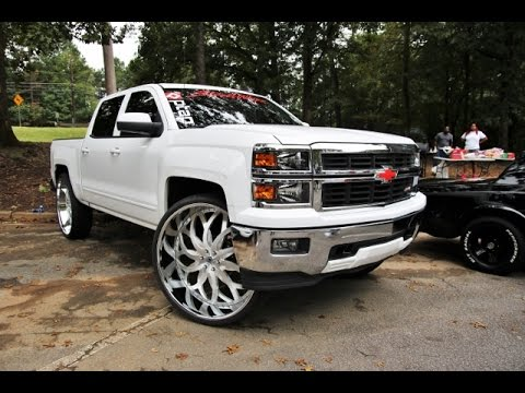 WhipAddict: First 2015 Chevrolet Silverado Z71 on 32
