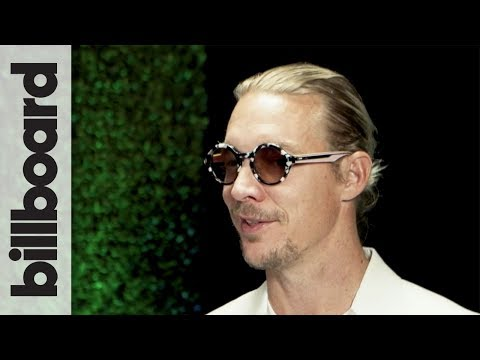 Diplo Teases His Performance Backstage at the 2017 Latin Grammys