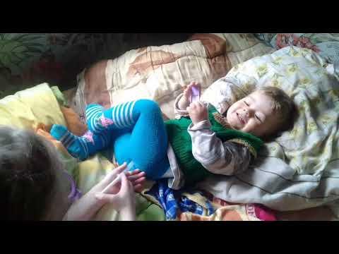 Home video Дети играют в доктора Во что поиграть с ребёнком когда идёт дождь