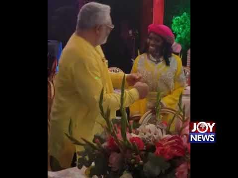 Rawlings dances with Konadu on her 70th birthday bash. (18-11-18)