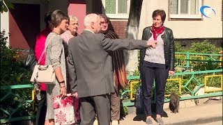 Общественники и коммунальщики Северо-Запада осмотрели новгородские дворы