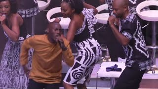 Tshwane Gospel Choir-Tlhaola (Live) ft Thabiso Mokgwathi