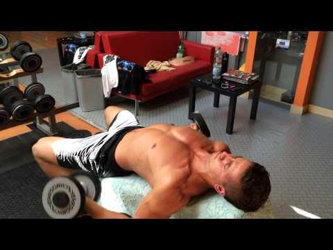 Zestaw ćwiczeń na mięśnie ramion pompowania