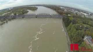 preview picture of video 'La piena del fiume Po  a Cremona vista dal drone'